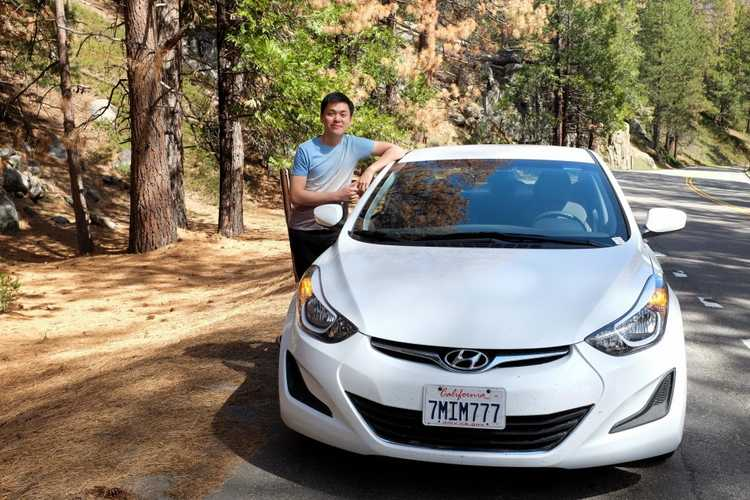 Our $33/day Hertz Elantra car parked near Yosemite National Park's south entrance